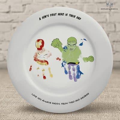 superhero-gift-for-dad-hulk-ironman-handprint-gift
